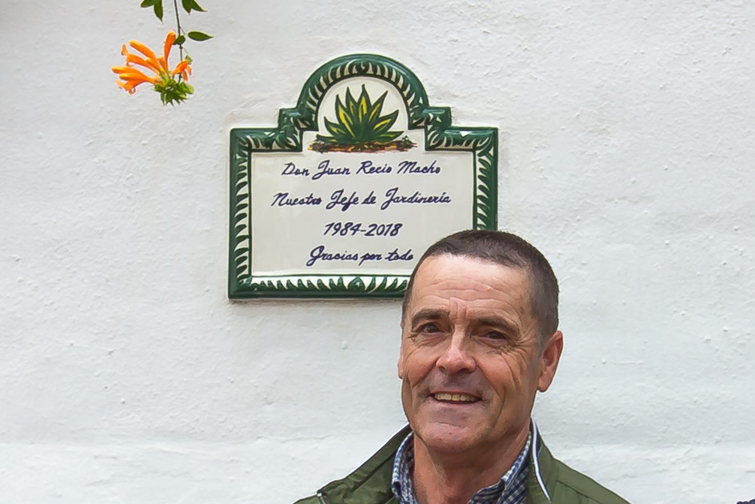 Community farewell and plaque unveiling for Juan Recio Macho