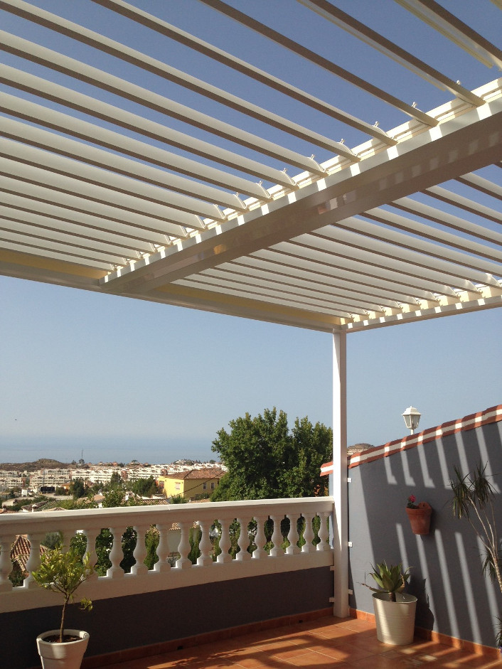 Vergola Roof System